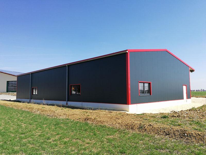 werkstatt mit b ro 04 planen und bauen hallenbau werkhallen stahlhallen. Black Bedroom Furniture Sets. Home Design Ideas